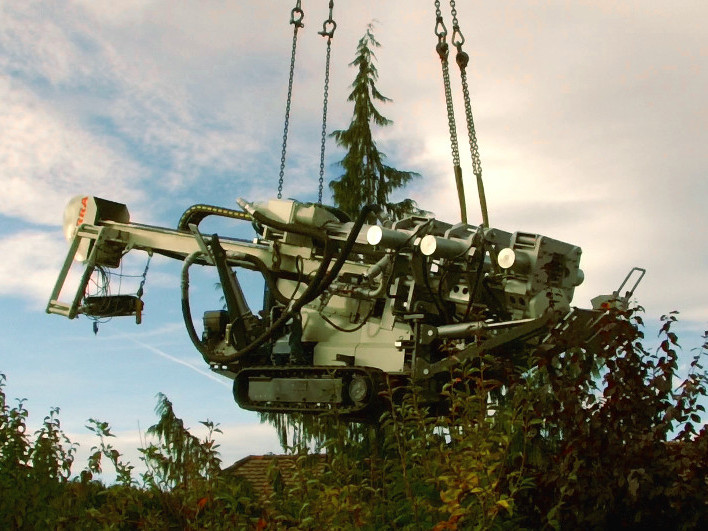 Autokran, truck crane © TERRA AG, Reiden, Switzerland