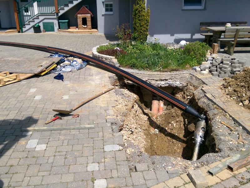 Aufweitung mit Rohreinzug, backreaming with pipe pull-in © TERRA AG, Reiden, Switzerland
