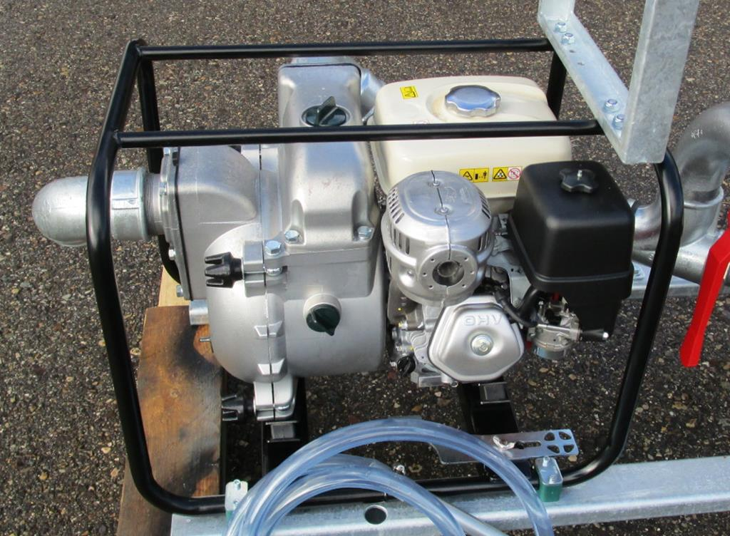 HONDA pump with 1200 ltr/min (320 gpm)